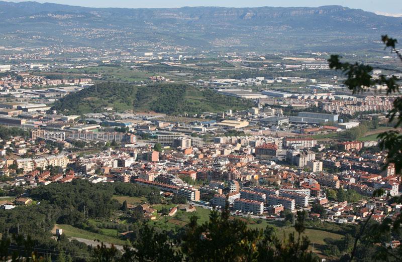 Vista des del turó de Sant Miquel de la muntanya de les Tres Creus (Foto Pere Cornelles. 2009)