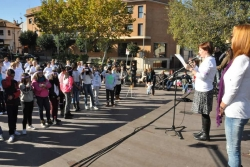 Instruccions sobre el flashmob per part de l'Agent d'Igualtat i la regidora de Polítiques d'Igualtat