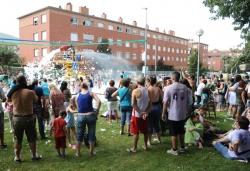 Festa de l'escuma i correaigua al carrer del Molí