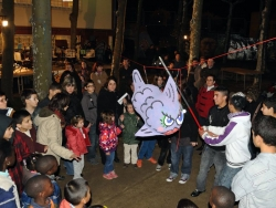 17 de febrer - Dimecres de Cendra - Trencament de la sardina-pinyata al pati del Casal de Cultura