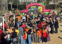 1-12-2007 - Inflables, jocs i botifarrada solidària a la Bòbila