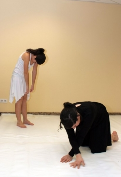 28-11-2008 - 40 aniversari de la Biblioteca de Montornès - Actuació d'alumnes de l'Escola Municipal de Dansa