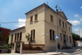 Edifici de les Antigues escoles a la plaça de Pintor Mir