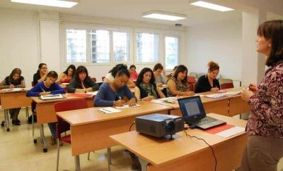Programa d'inserció i orientació laboral per a dones desnvolupat a partir del Projecte d'Intervenció Integral de Montornès Nord