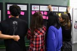 Joves de l'Institut Vinyes Velles fan aportacions pel Nou Centre Jove