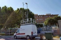 Unitat Mòbil de Vigilància Atmosfèrica al carrer del Vallès