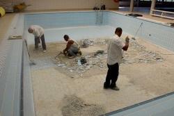 Reparacions a la piscina coberta