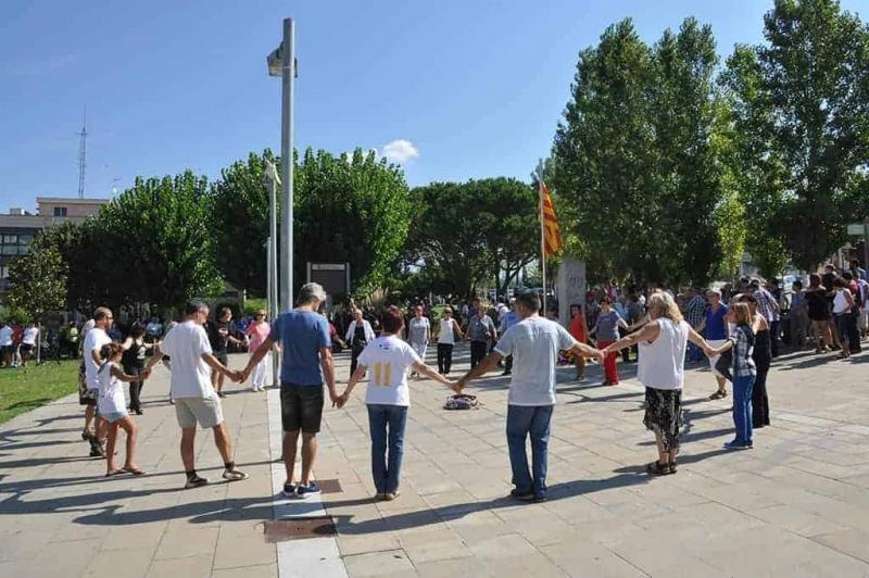 Ballada de sardanes per tancar l'acte institucional de la Diada (2016)