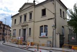 Façana de l'edifici de Pintor Mir