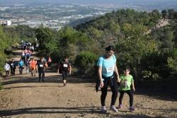 Milers de persones han creuat les muntanyes del Parc de la Serralada Litoral en la Marxa Popular