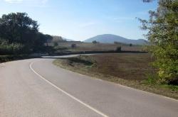 Revolt  de la carretera BV-5001 amb accés al camí de Can Cuberot (Foto: DIBA)