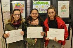 D'esquerra a dreta, Aitana Gavilán, Naijla a Moharalhachmi Zamouri Rifi i Paula Cámara, guanyadores del concurs