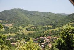 La plana de Can Vilaró vista des del turó de l'Ernest