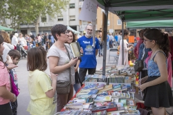 Sant Jordi a la plaça de Pau Picasso
