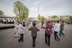 Ballada de sardanes amb la cobla Ciutat de Manresa