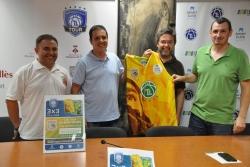 D'esquerra a dreta: Manel Sánchez (entrenador de l'equip sènior A del CB Vila de Montornès), Marc Clariana (organitzador del 3x3 Tir Lliure Tour), l'alcalde, José A. Montero i Xavi Espín (president del CB Vila de Montornès)