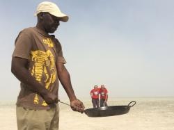 Primer premi. Autora: Àngels Benseny. Lloc: Salar del Parc Nacional d'Etosha (Namíbia)