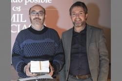 Albert Farré Ventura, amb l'alcalde José A. Montero (Foto: Ajt. Montornès. Autor: Juanjo Bermejo)