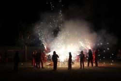 Encesa de la foguera (Foto: Ajuntament. Autor: Juanjo Bermejo)