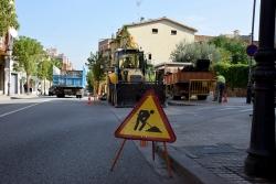 Obres d'ampliació de la vorera a la confluència de l'avinguda de l'Onze de Setembre i el carrer de l'Estrella
