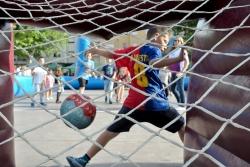 El futbol també present en la Diada de l'esport al carrer
