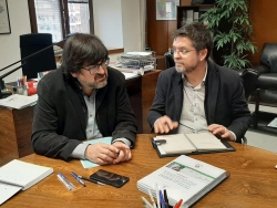 El diputat Pere Pons, amb l'alcalde de Montornès del Vallès, José Antonio Montero. Foto: Diputació de Barcelona