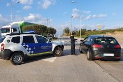 Control policial al carrer de Can Parellada