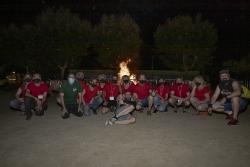 La Comissió de Festes de Montornès Nord amb responsables del Ball de Diables i Drac de Montornès