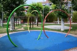 Zona de jocs de la Plaça de Pau Picasso (Foto d'arxiu)