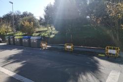 Una de les illles substituïdes i reubicada per reparar l'asfalt
