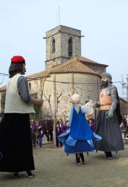 Actuació dels Gegants de Montornès, Bartomeu Sala, Pere Anton de Rocacrespa, i la gegantona Angeleta