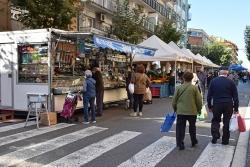 Mercat setmanal dels divendres a Montornès del Vallès