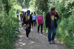 """Participants en la primera caminada del programa """"Salut. Pas a pas""""."""