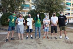 Representants de la Penya Els Bartomeus i el jurat de la Bartotapa amb representants dels establiments Tasta'm i Beu i Rancho Los Gordos
