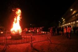 La tradicional foguera de Sant Joan