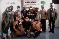 Persones voluntàries de la xarxa #CuidemnosMontornès amb l'alcalde, José A. Montero, i la tècnica de Participació Ciutadana, Bea Quintana