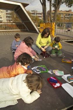 """29-11-2006 - V anys de CIJC - Taller infantil de """"L'amiga formiga"""""""