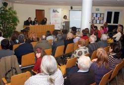 """28-11-2007 - Acte literari a la Biblioteca: Presentació del llibre """"Montornès del Vallès (1931-1945). De la il·lusió democràtica al primer franquismes"""", d'Arnau González"""