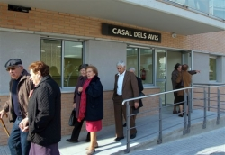 29-11-2007 - Presentació de l'espai destinat al Casal dels Avis de Montornès, a l'avinguda de la Llibertat