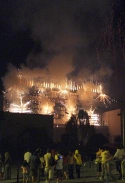 Cremada de l'Ajuntament a càrrec dels Diables de Montornès