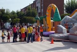 Parc infantil i Festa de l'Escuma a la plaça del Poble